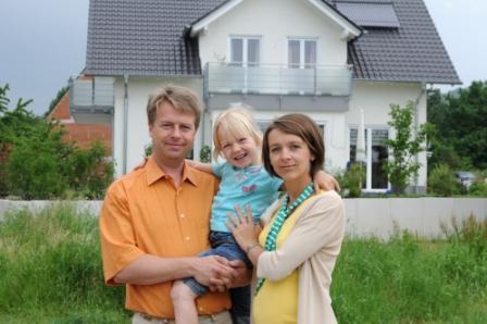 Bauherrenhaftpflichtversicherung-Versicherungsmakler-Berlin-Agentin-Andre-Boettcher